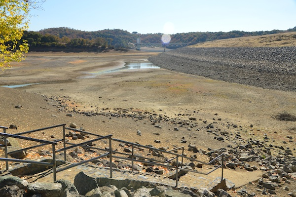 Lake Mendocino, very dry in October 2013